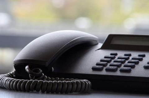 ¿Tiene el teléfono fijo los días contados?
