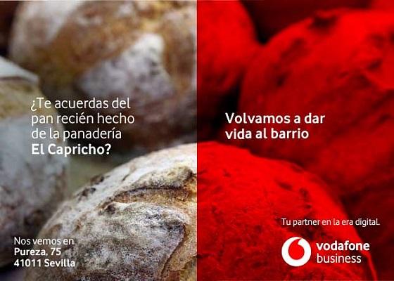 """Vodafone cede sus """"mupis"""" digitales a los negocios de barrio."""