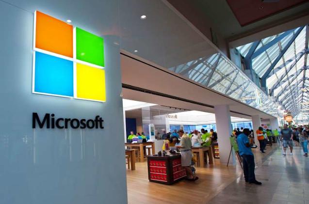 Tienda Microsoft Store abierta en Estados Unidos.