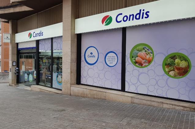 Supermercado de la cadena Condis.