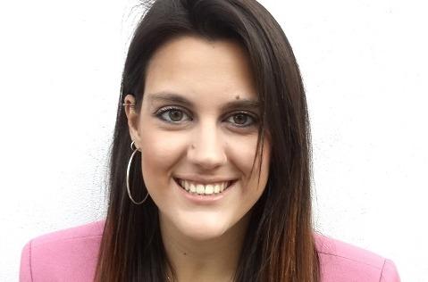 """Laura García Insa, ganadora de IV Beca """"Mujer Ingenieria"""" de Hispasat."""