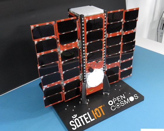 Acuerdo Sateliot y Open Cosmos para la construcción de los nanosatélites.