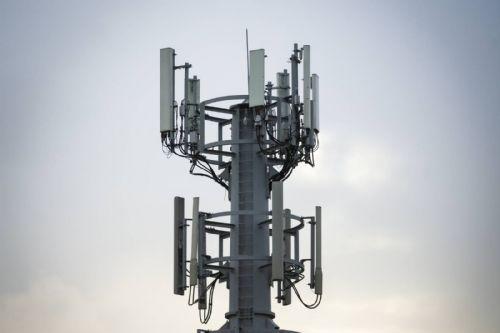Aumenta la competencia en el mercado de antenas móviles.
