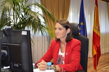 La ministra de Industria destaca la puesta en marcha de una estrategia de digitalización