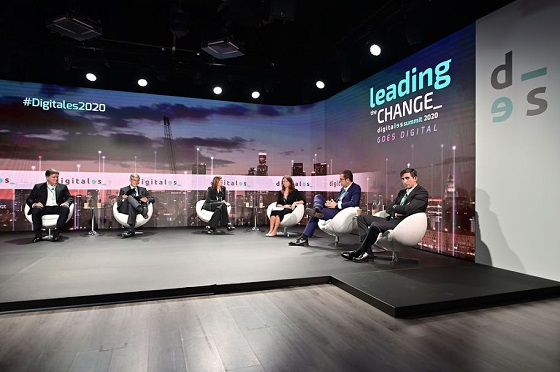 Mesa sobre cómo la tecnología puede ayudar a la reconstrucción. Digitales Summit 2020.
