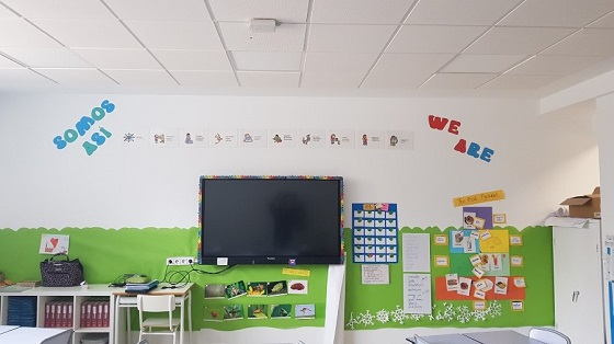 Aula del Colegio Liceo Europeo de Madrid equipada con Wi-Fi de última generación.