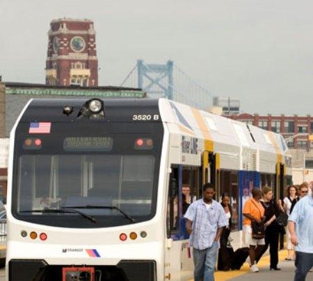 NJ TRANSIT despliega una nueva infraestructura de red.