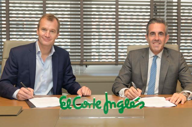 Firma del acuerdo entre El Corte Inglés y MásMóvil.