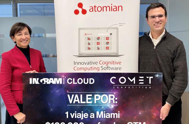 Atomian recoge su premio en la competición Comet de Ingram Micro.