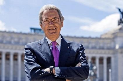 Franco Bernabé, presidente de Cellnex, dimite por motivos personales.