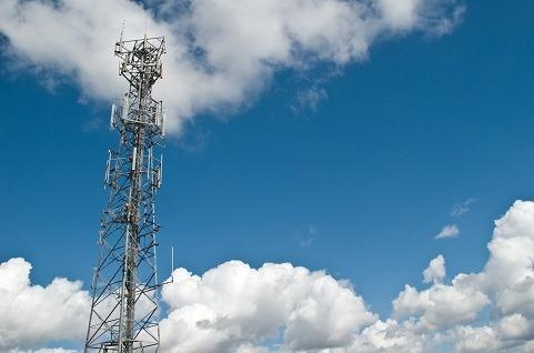 Telefónica vende las torres de Telxius a American Towers por 7.700 millones.