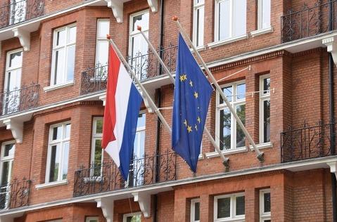 BT conecta a la diplomacia holandesa
