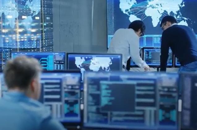 Equipo de ciberseguridad de una gran compañía.