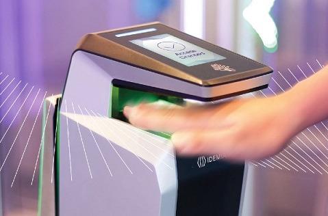 Telefónica incorpora a su oferta los escáneres biométricos sin contacto.