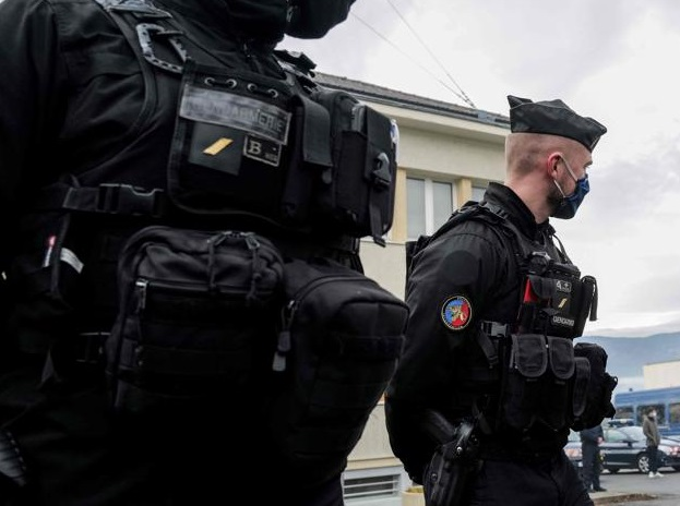 La Gendarmería y Policía Nacional Francesa renueva su flota móvil con Crosscall.