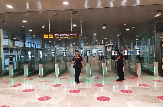 Control de accesos en el Aeropuerto de Valencia.