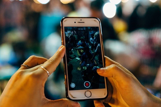 Movistar detecta un crecimiento en voz móvil y banda ancha fija
