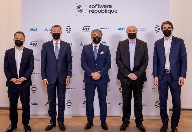 Elie Girard, Bernard Charlès, Luca de Meo, Jean-Marc Chery y Patrice Caine, respectivos CEO de Atos, Dassault Systèmes, Groupe Renault, STMicroelectronics y Thales
